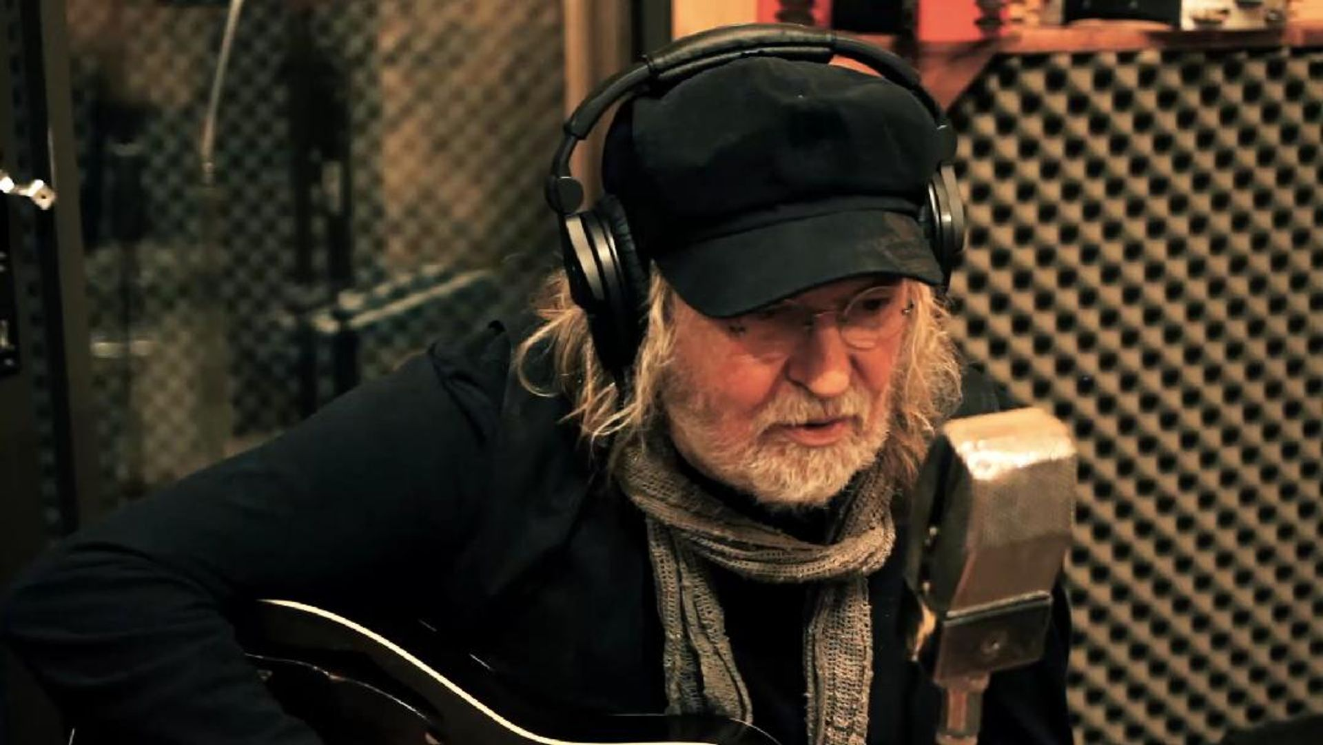 Ray Wylie Hubbard: Behind The Scenes
